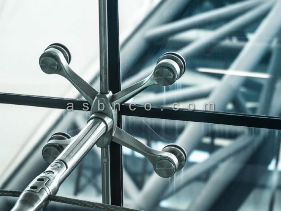 اجرای نمای شیشه ای اسپایدر